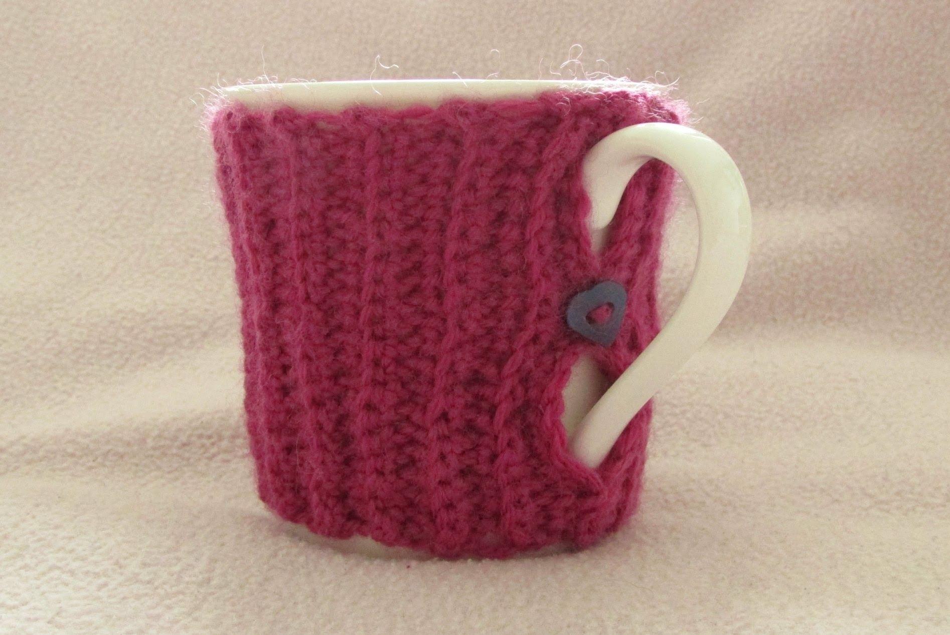 VERY EASY crochet mug cozy tutorial - ribbed crochet mug cozy