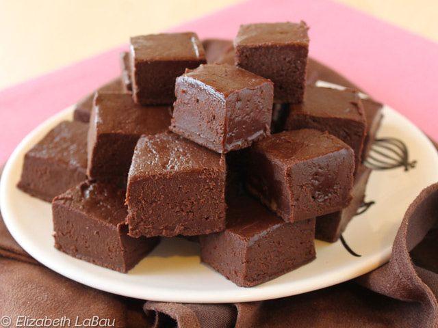 Easy Microwave Fudge Recipe 3 Cups Semi Sweet Chocolate Chips 1 14oz Can Condensed Milk 4 Tbsp Er Tsp Vanilla Extract Salt