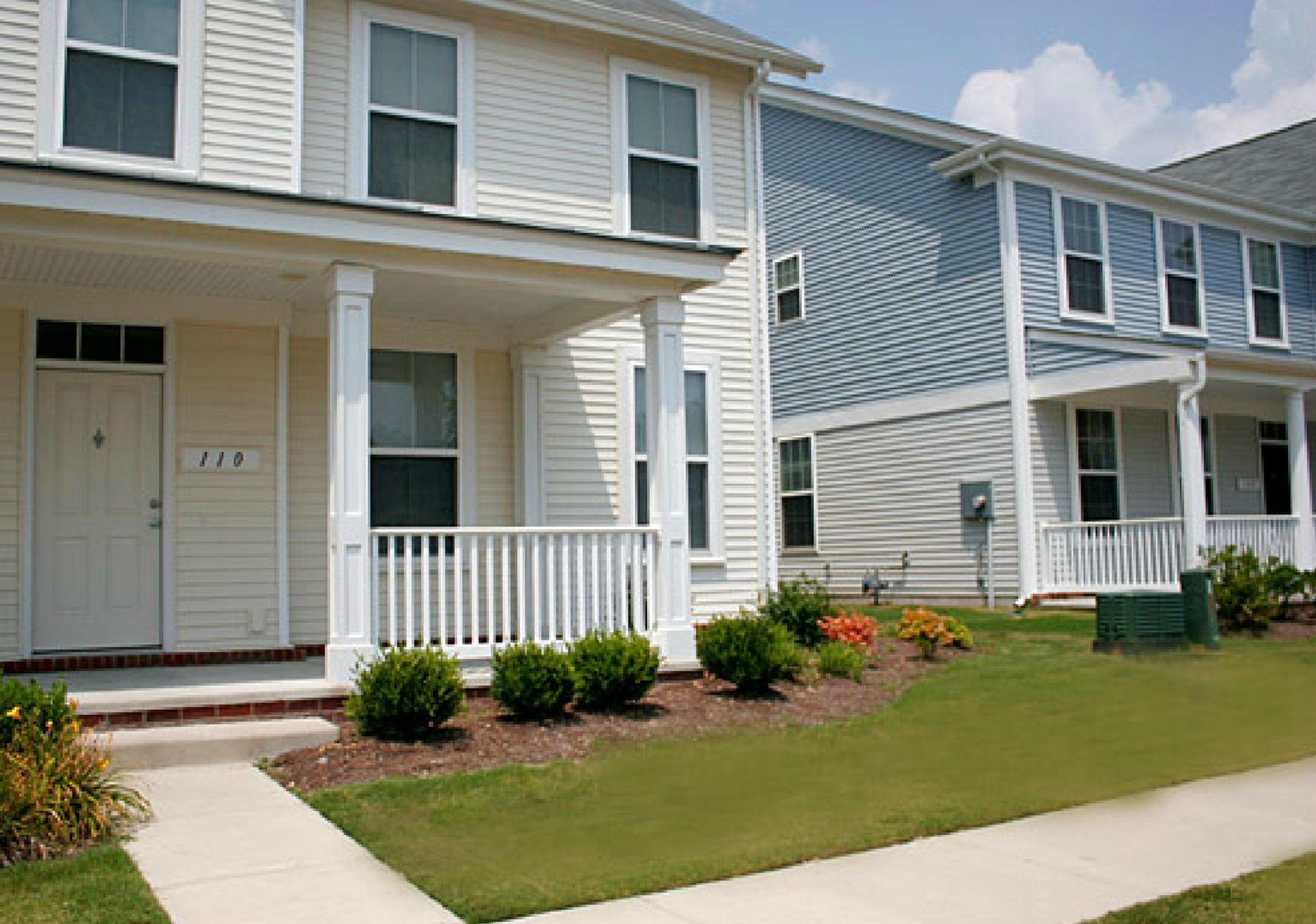 Nsa Norfolk Northwest Annex New Gosport Neighborhood 3 5 Bedroom Homes Designated For E1 E9 Service Military Housing Lincoln Military Housing Base Housing