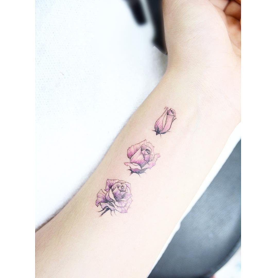 : Rose Process Detail . . #tattooistbanul #tattoo #tattooing #flower #flowertattoo  #rose #rosetattoo #blacktattoo #tattoosupplybell #tattoomagazine #tattooartist #tattoostagram #tattooart #tattooinkspiration #타투이스트바늘 #타투 #꽃타투 #꽃 #장미 #장미타투