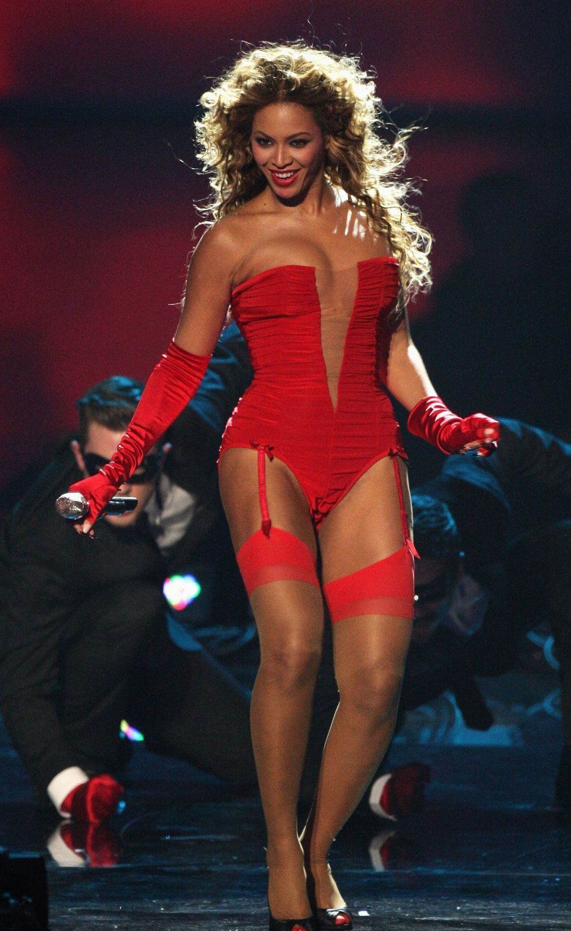 Pin by FreeStockFootage4K on Beyonce   Beyonce outfits