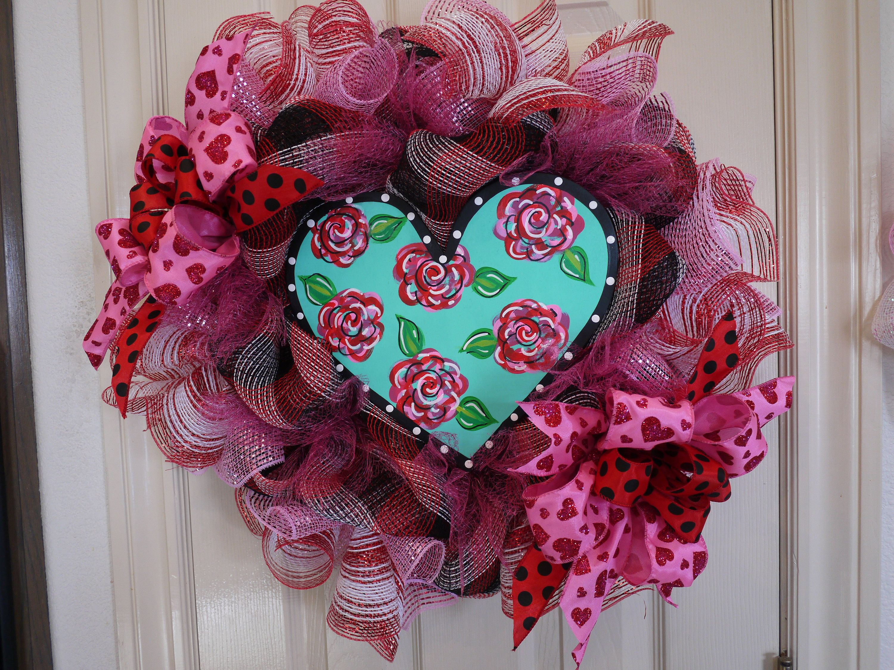 Romantic Valentineu0027s Day Wreath, Unique Heart Valentine Wreath, Mesh And  Ribbon Heart Wreath,