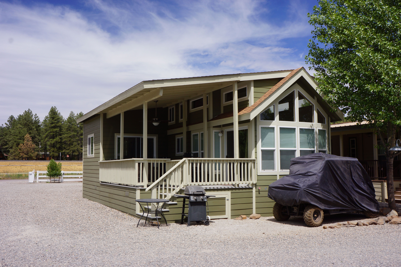 Cavco park model loft munds park rv resort in northern for Tiny house kits california
