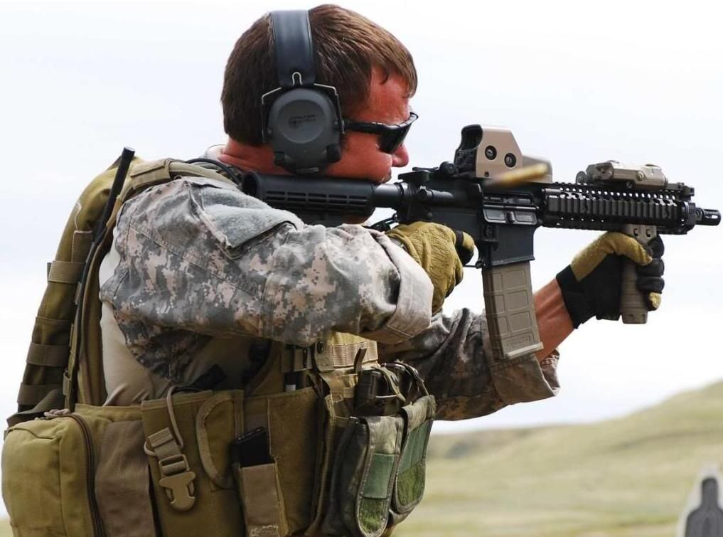 The A-team in support of the Special Forces Weapons ... Army Special Forces Weapons