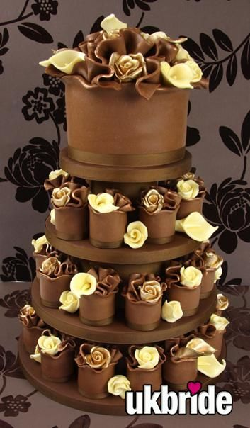 Gold And White Chocolate Rose Miniature Wedding Cakes By Katie Watts Of Couture Uk Their Work Is Unbelievable