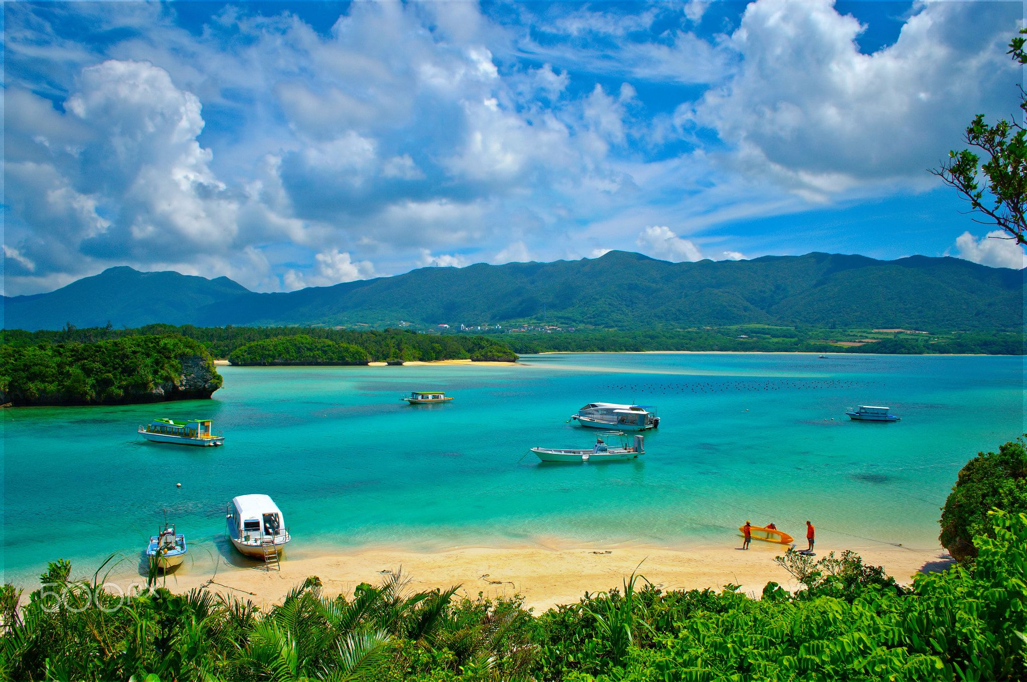 Kabira bay on Ishigaki island,Okinawa - Kabira Bay scenery ...