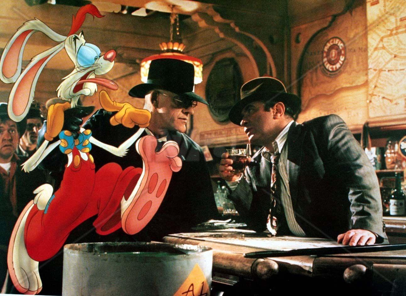 ROGER RABBIT, JUDGE DOOM (Christopher Lloyd) & EDDIE VALIENT (Bob ...