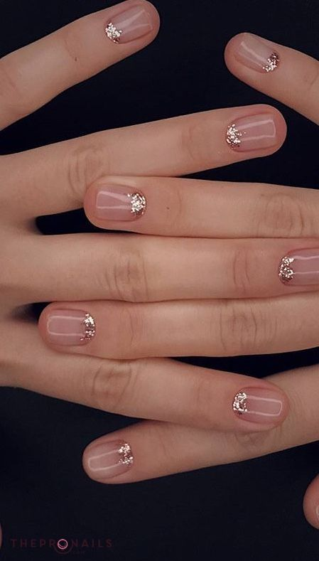 Minimal glitter mani. | nails 2 | Pinterest | Minimal, Makeup and ...