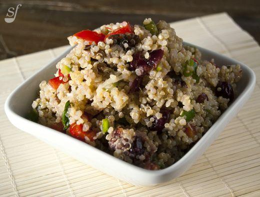 Steph joue au chef: Salade de quinoa, pacanes et canneberges