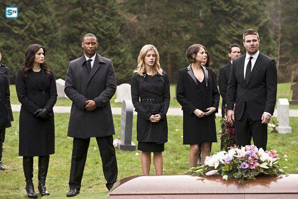 """#Arrow #Season4 #4x19 """"Canary Cry"""" Promotional Photos"""