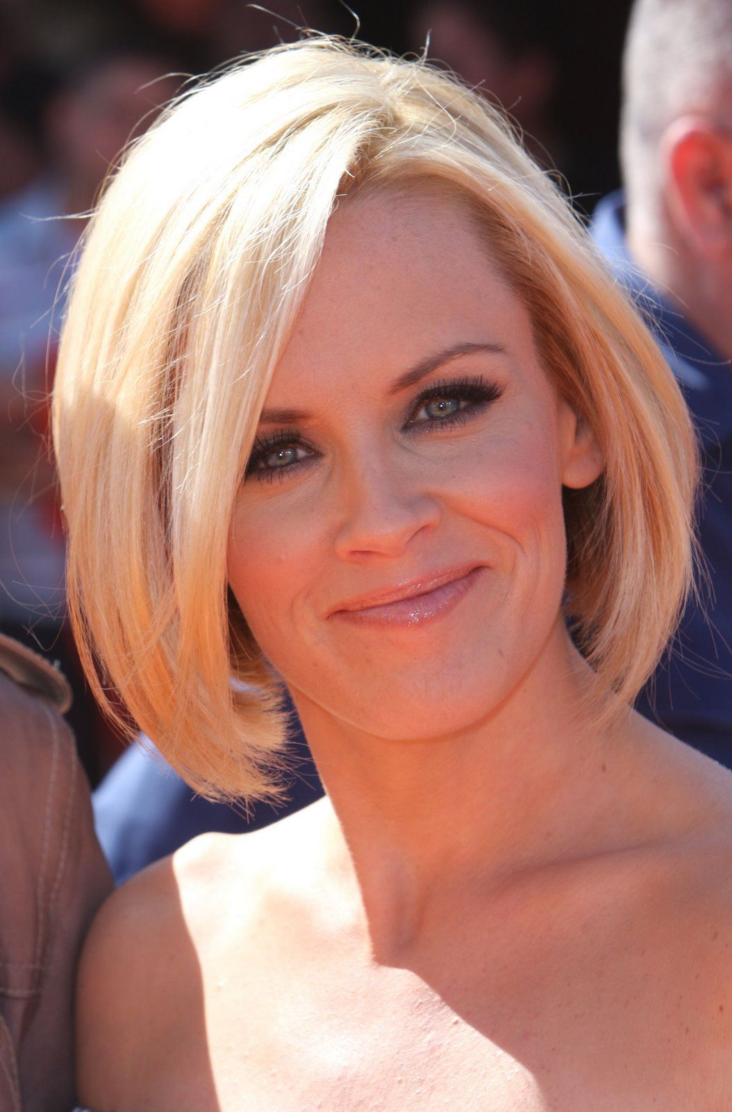 Hort Bob Hairstyles For The Ones Who Like To Be Themselves - Bob hairstyle origin