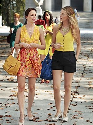 ef20065a333a Blair Waldorf and Serena Van Der Woodsen style... lol totally gotten into  this show.