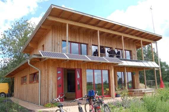 Ökologisch wertvoll erstes Niedrigstenergiehaus in