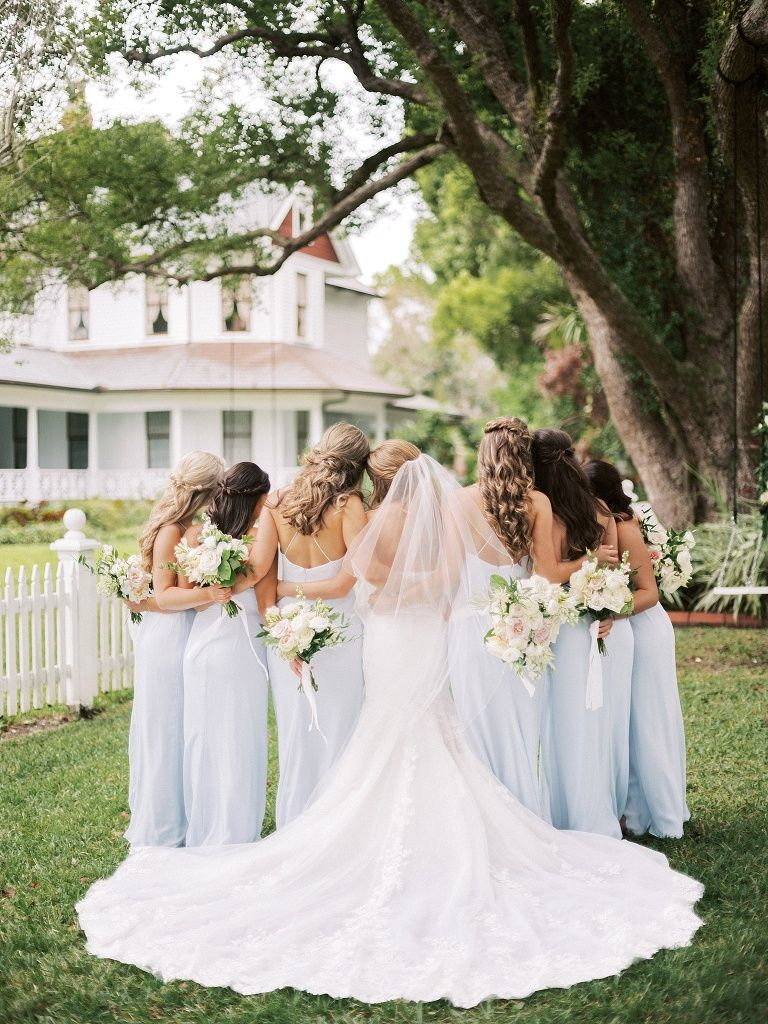Light Blue Bridesmaids And Neutral Florals Sarasota Wedding Photographer Tampa Wedding P In 2020 Light Blue Bridesmaid Light Blue Bridesmaid Dresses Bridesmaid Style