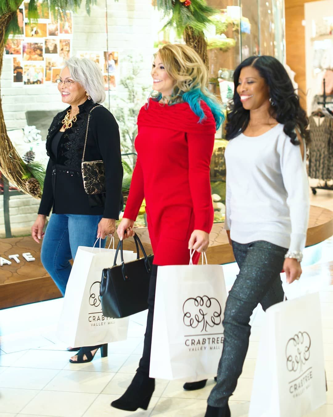 Crabtree valley mall shopping shoppers shop raleigh nc
