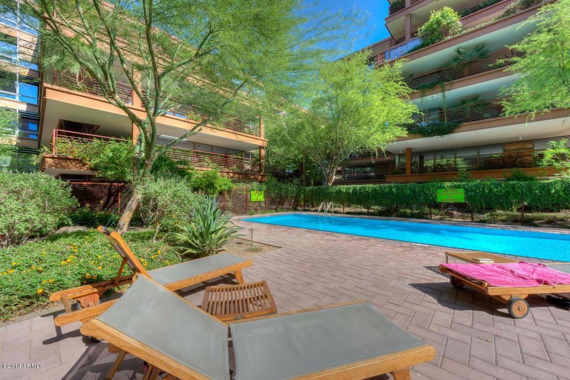 Optima Camelview Scottsdale Outdoor decor, Vista, Loft