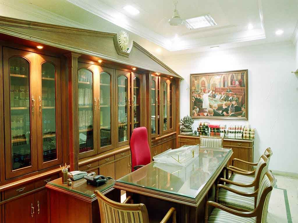Advocate Office Classical Interior Design By 3da Best Office Interior Designer Classical Interior Design Office Interior Design Modern Corporate Office Design