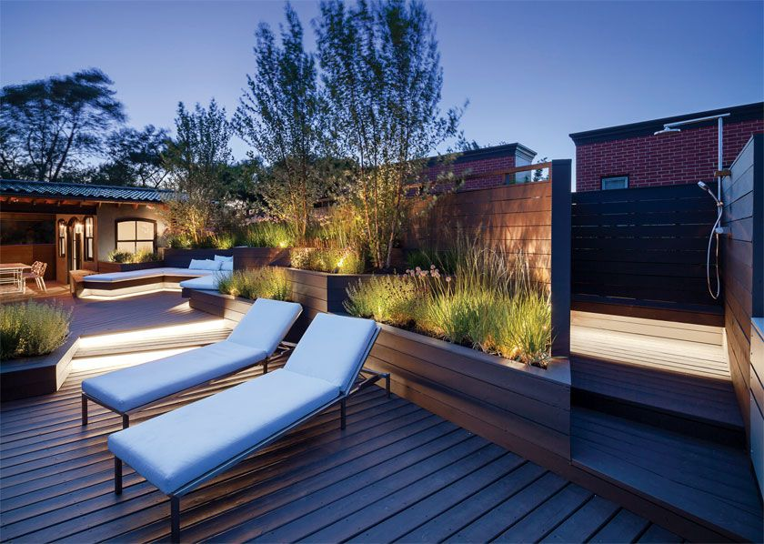 DSPACE Chicago Modern Roof Garden Sun Deck W Outdoor Shower
