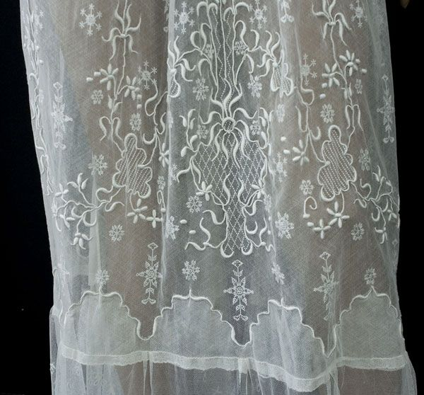 Irish crochet/embroidered tulle tea dress, c.1912
