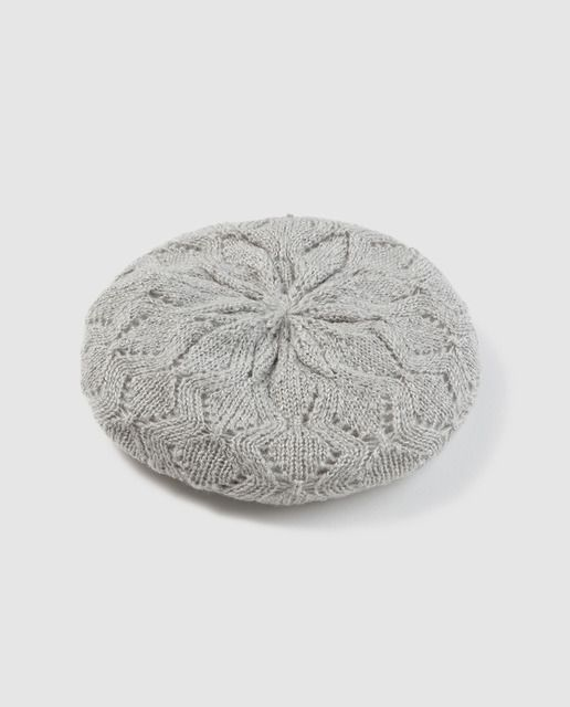 Boina de punto en color gris | Hats | Pinterest | Colores grises ...