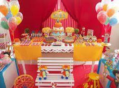 Resultado de imagem para decoração festa circo