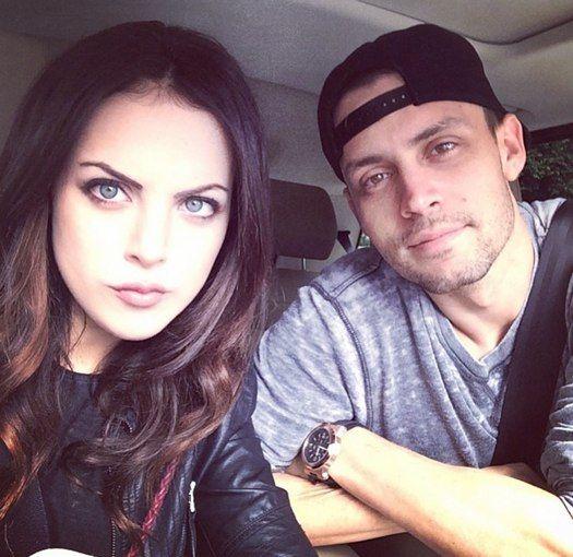 liz gillies shows off her sweet valentines day gift for