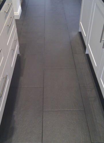 black tile black grout Sols Pinterest Escaliers