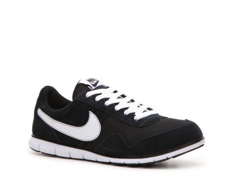 9adce18a06d04 Nike Women s Victoria NM Sneaker
