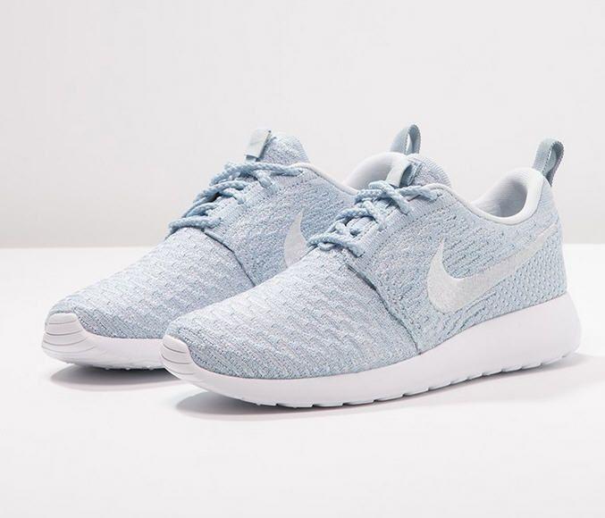 Nike Sportswear ROSHE ONE FLYKNIT Baskets basses - light armory blue/pure  platinum/white