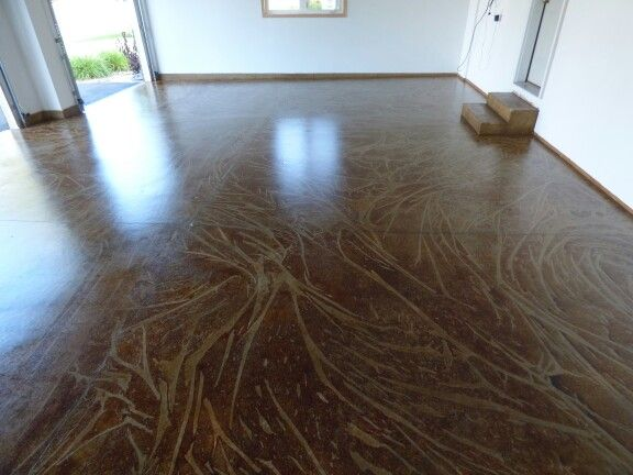 Garage Floor Stained With Water Based Stain Using Special Mottling Technique Concrete Staining