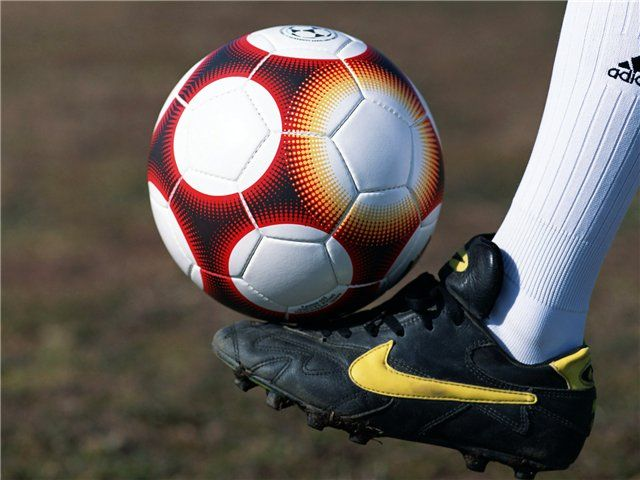 Слово футбол по английски