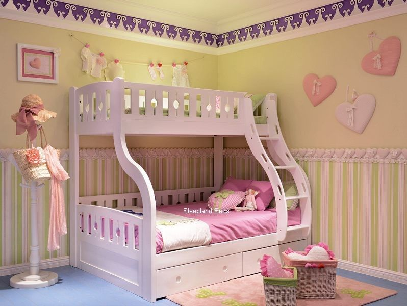 Luxury Solid Wood White Triple Sleeper Bunk Beds