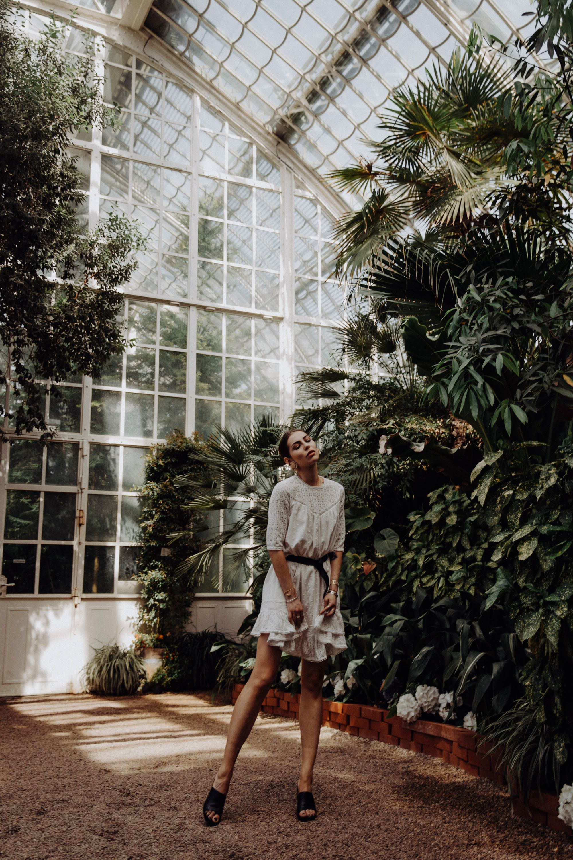 Why Nature Makes You Happy Fashion Blog From Germany Fashion Blog From Germany Berlin White Plumetti In 2020 Dressy Casual Germany Fashion Dressy Casual Outfits