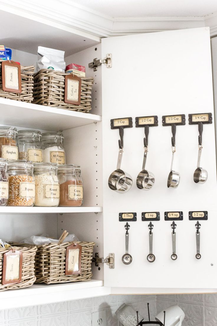 Pantry Cabinet Organization and Printable Labels - Bless'er House #pantrycabinet