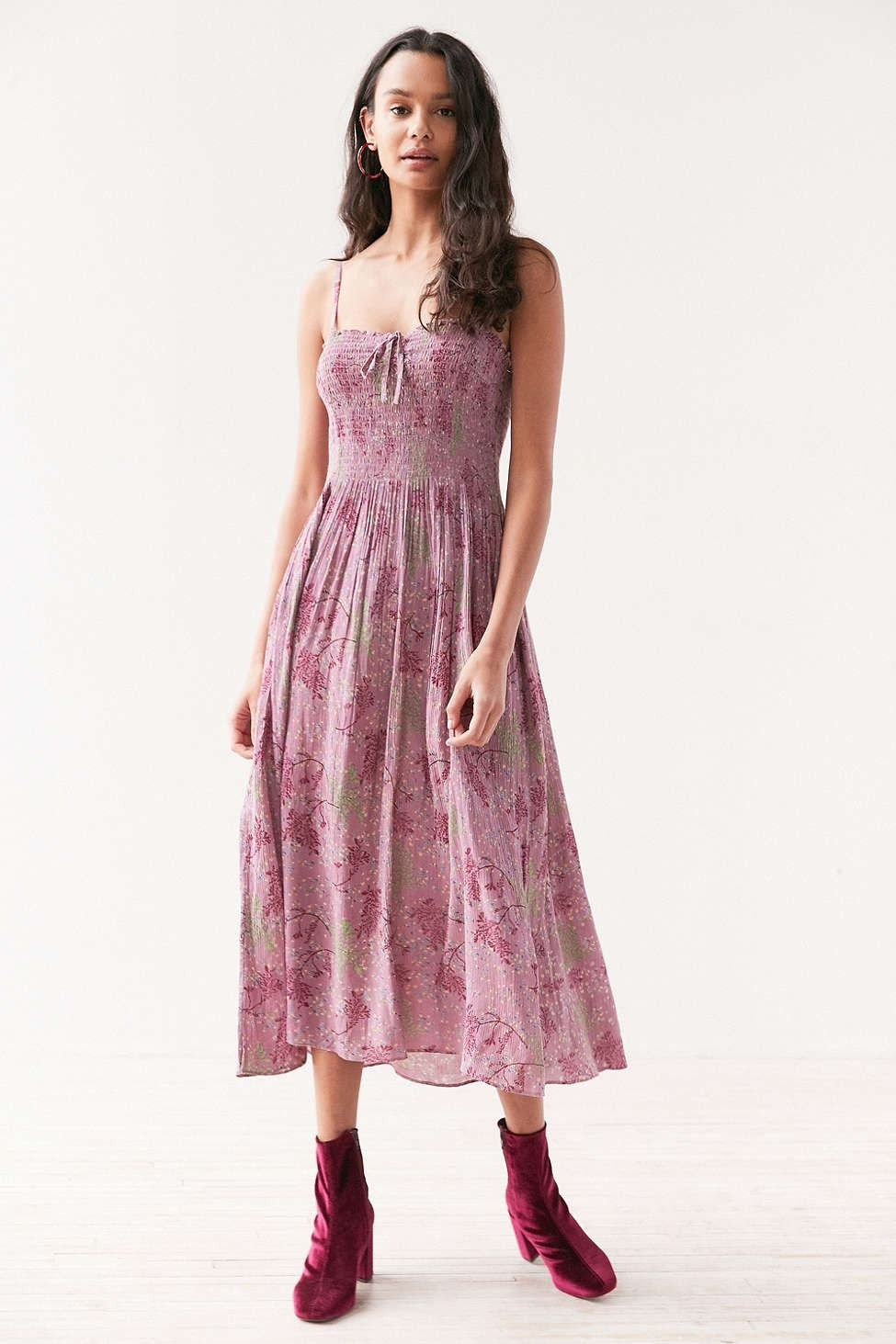 9db5ce2b75 Kimchi Blue Annie Lynn Smocked Midi Dress - Urban Outfitters