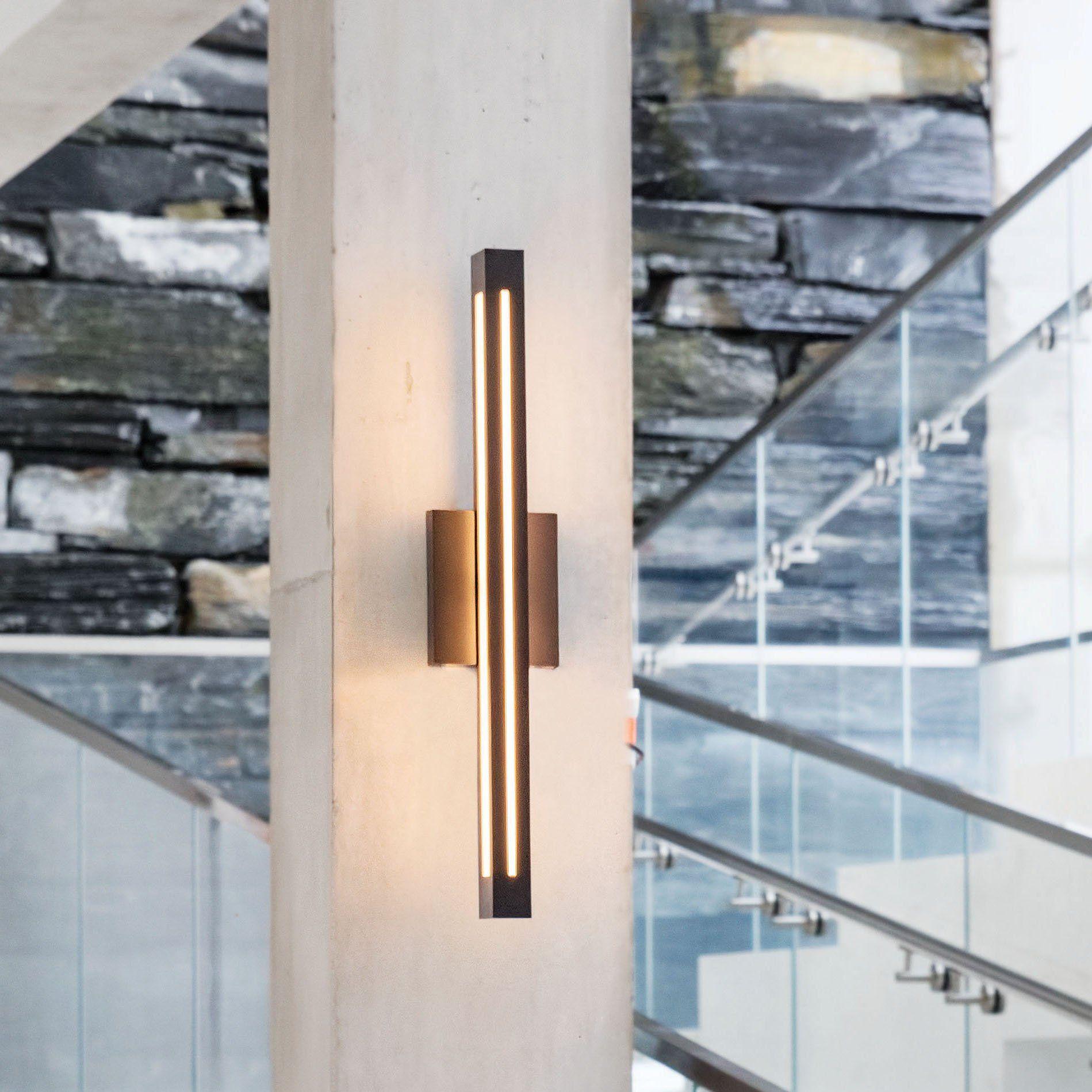 Vue Outdoor Wall Light In 2021 Modern Outdoor Wall Lighting Modern Exterior Lighting Outdoor Wall Lighting