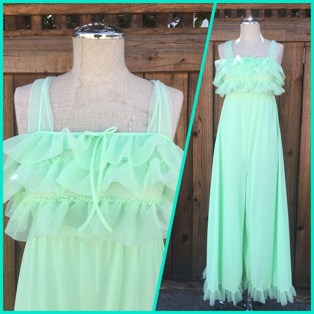 c4e14f4a16 Vintage 60 s Mint Green Sheer Lingerie Night Gown Size Large Baby Doll  Ruffles