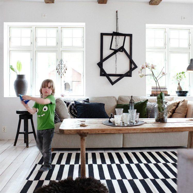 Kudottu IKEA STOCKHOLM RAND -matto, 250x350 cm, musta/ luonnonvalkoinen [901.032.54] 279,-