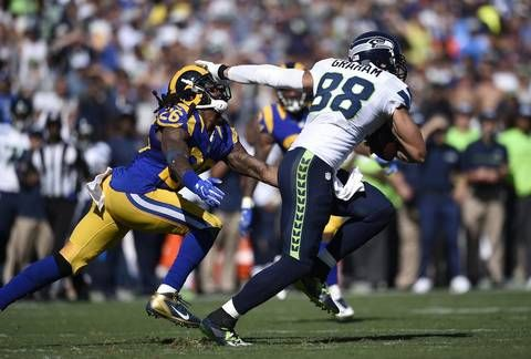 Unsatisfied Jimmy Graham I M Back Earlier Than Everyone Thought I D Be Jimmy Graham Knee Injury Nfl