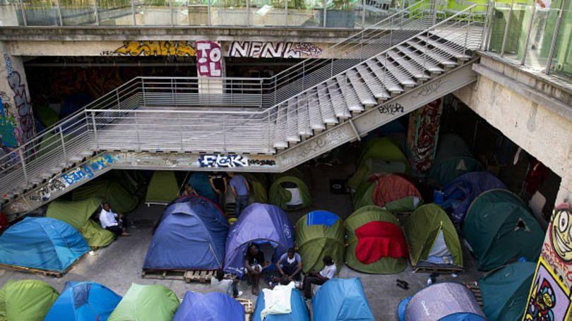 Paris construirá acampamento humanitário para refugiados