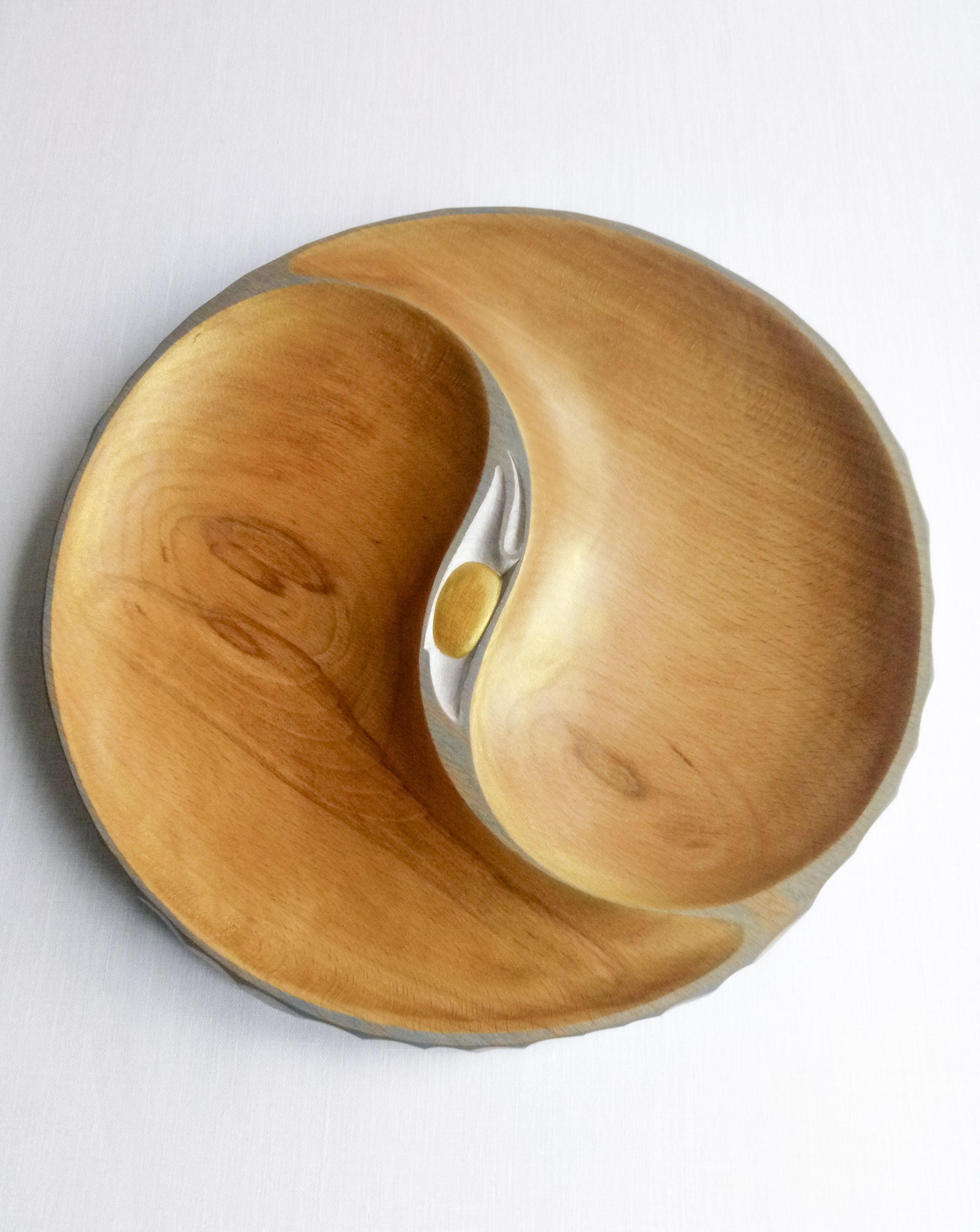 Big dishfrom beech wood yinyang ecofriendly materials hand