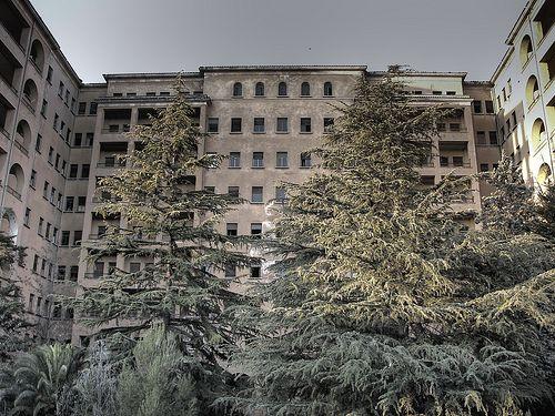 Resultado de imagen de hospital del torax terrassa se puede visitar