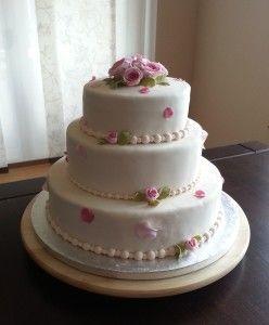 Meine Selbstgemachte Hochzeitstorte Mit Fondant Und Zuckerblumen Aus