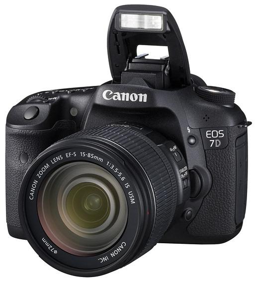 Desenhada por si, construída pela Canon  A EOS 7D combina alto desempenho com versatilidade e filmes HD de estilo cinematográfico. A resolução de 18 MP proporciona uma qualidade notável e a gravação contínua a 8 fps permite-lhe antecipar-se à acção.