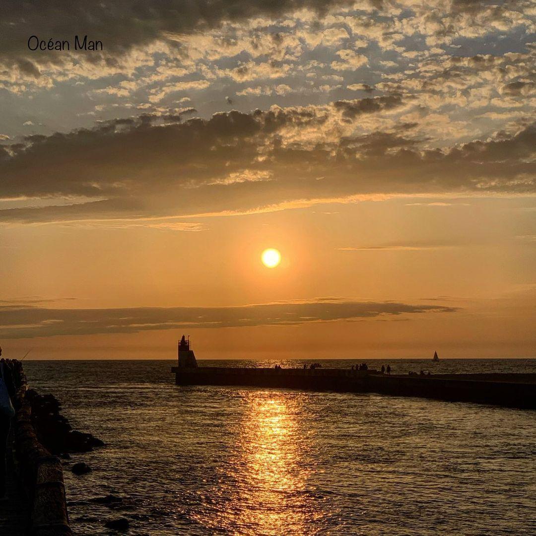 """𝕆𝕔é𝕒𝕟𝟜𝟘 🇫🇷 on Instagram: """"One day in my area of life . . . . #sunset_pics #sunrise_sunset #photographyeveryday #francebleugascogne #worldshotz #sudouest_photo…"""""""