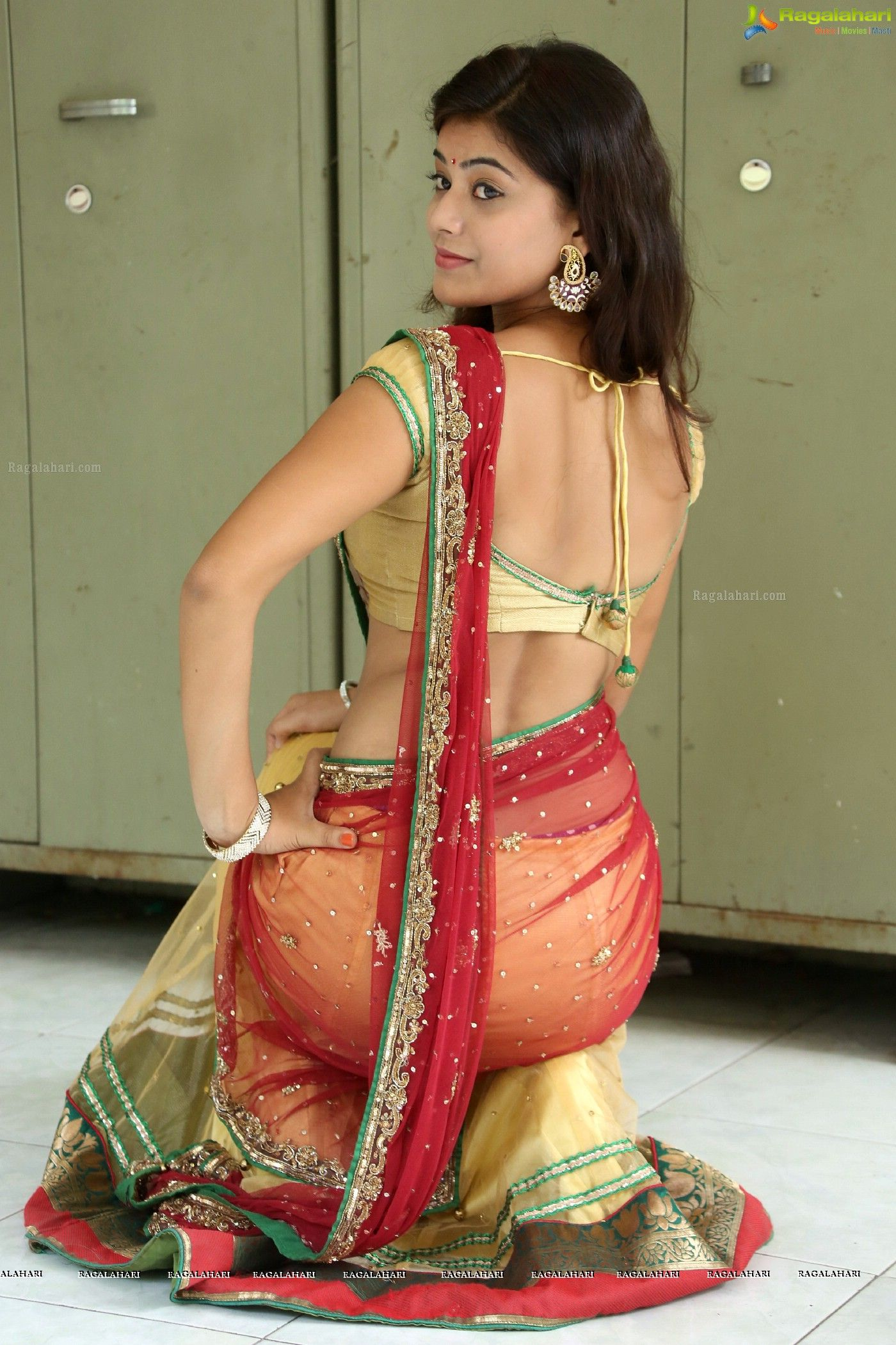 Ass in saree images