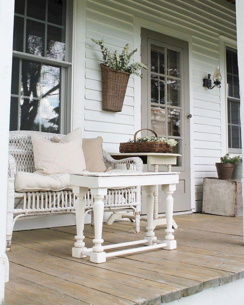 Rustic Homedecor Ideas: 45 Amusing Rustic Farmhouse Porch Decor Ideas