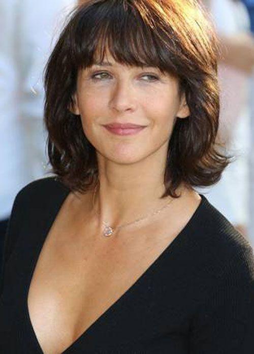 image coupe cheveux courts pour femme 50 ans coiffure