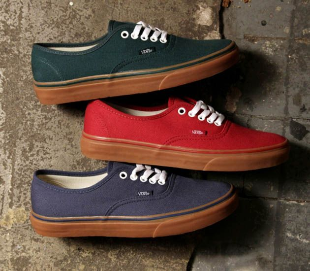 a7cf0e6b00d7e4 Vans Authentic