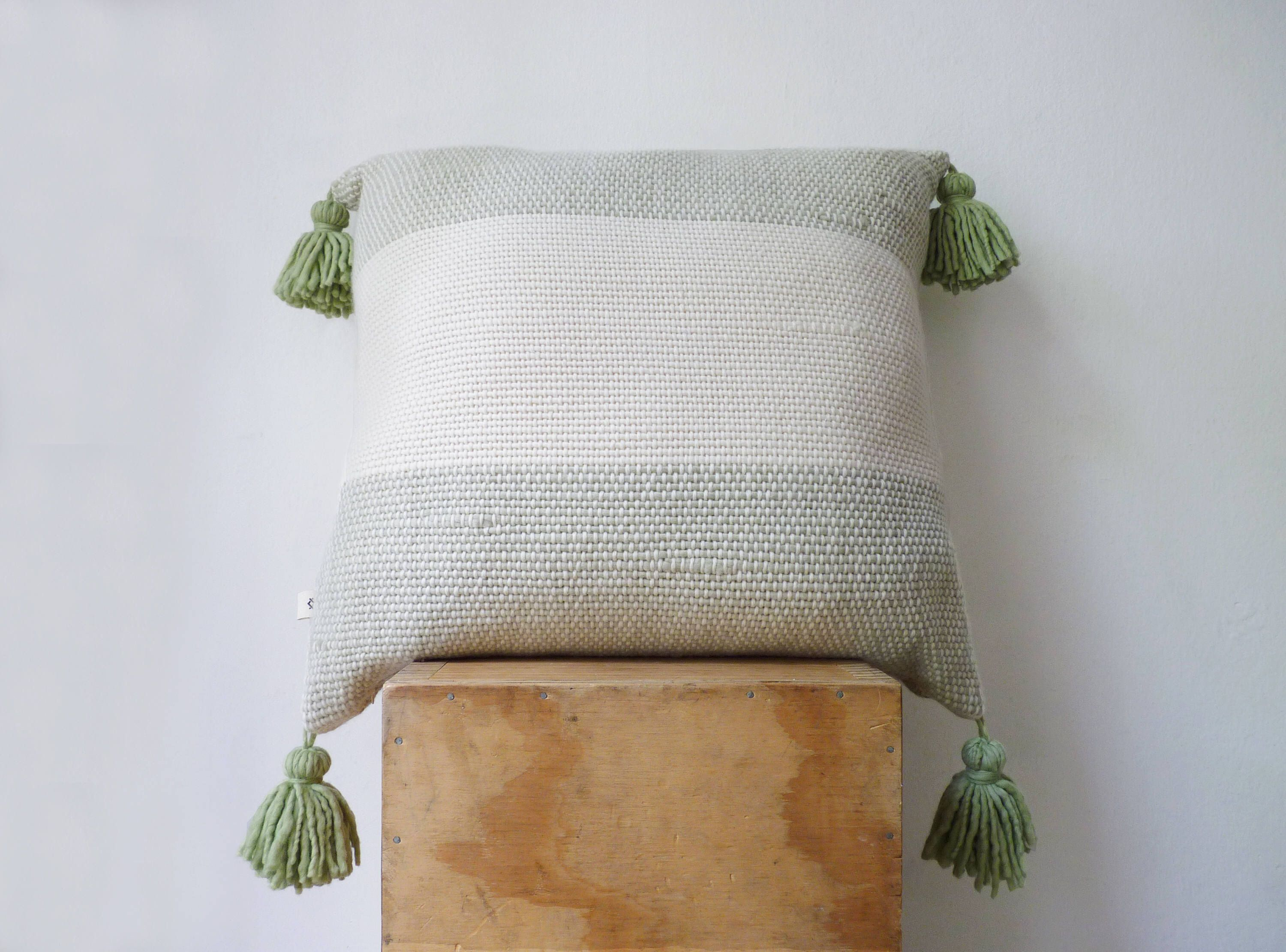 Pin by roylyn kohutek on crafts and projects pinterest knitting bags